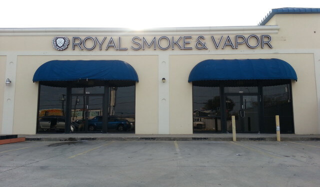 Royal Smoke & Vapor in Dallas